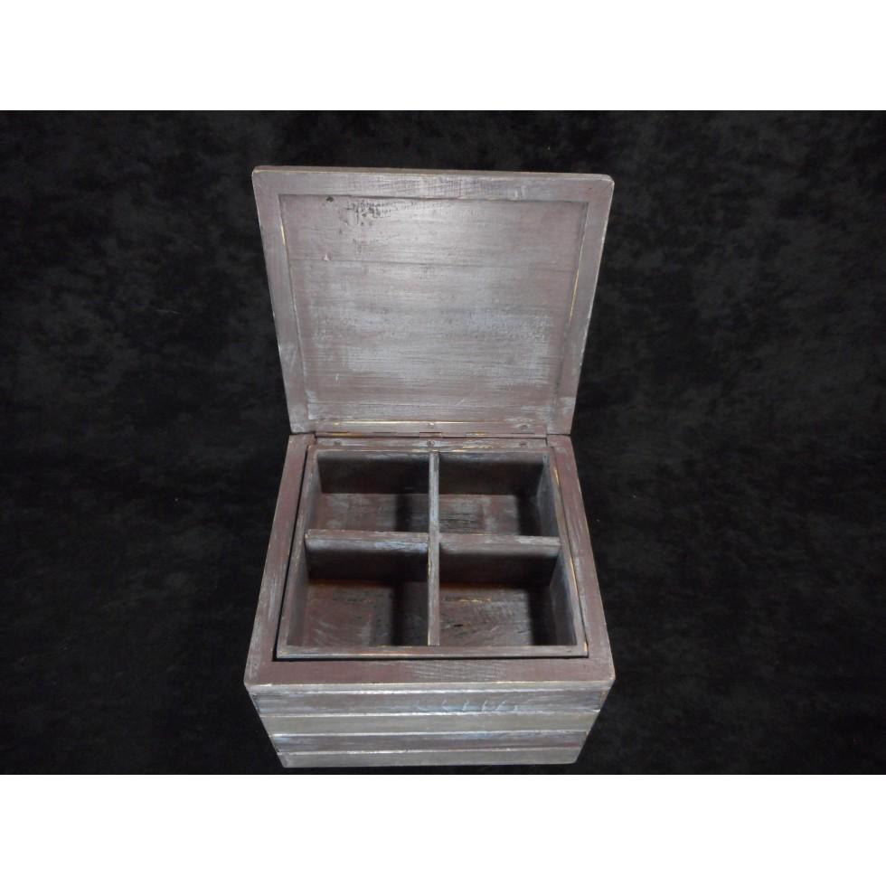 coffre bijoux en bois fini antique pi ce unique. Black Bedroom Furniture Sets. Home Design Ideas